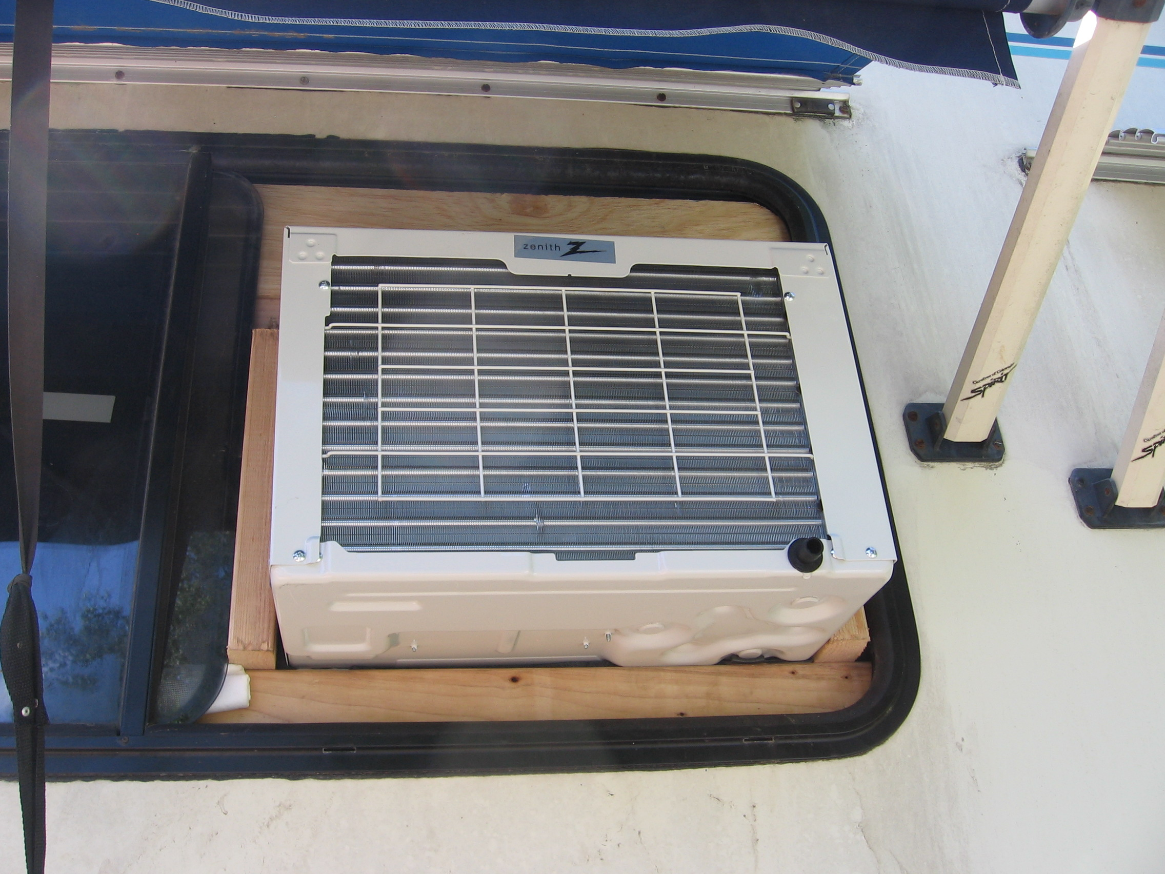 What a Relief! Window Air Conditioner Unit Installed « MyOldRV.com #344767